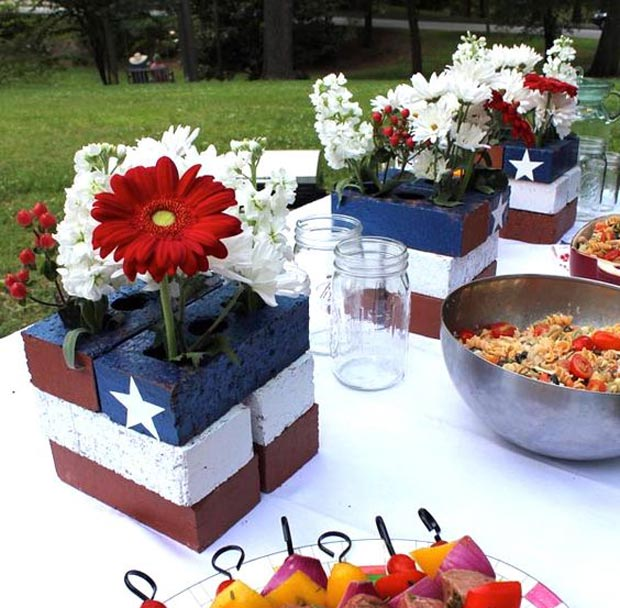 23 Cool Diy Patriotic Decorations And Crafts For Flag Day Lazytries